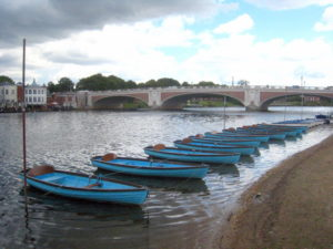 Serviced accommodation near Hampton Court